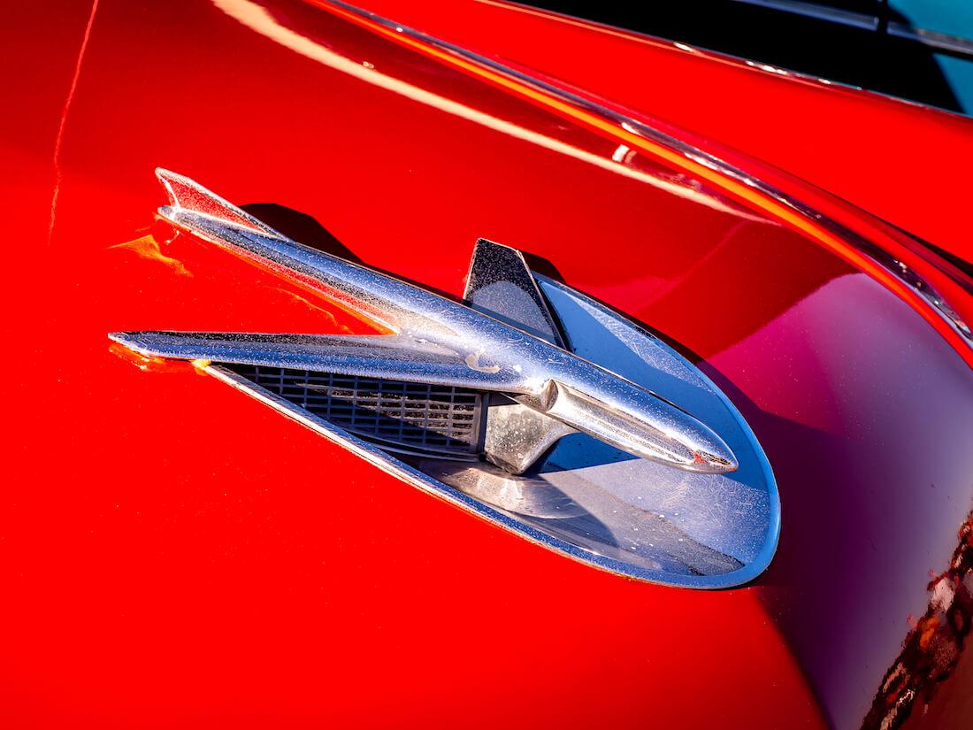 1956 Buick Special 2d Riviera keulamerkki