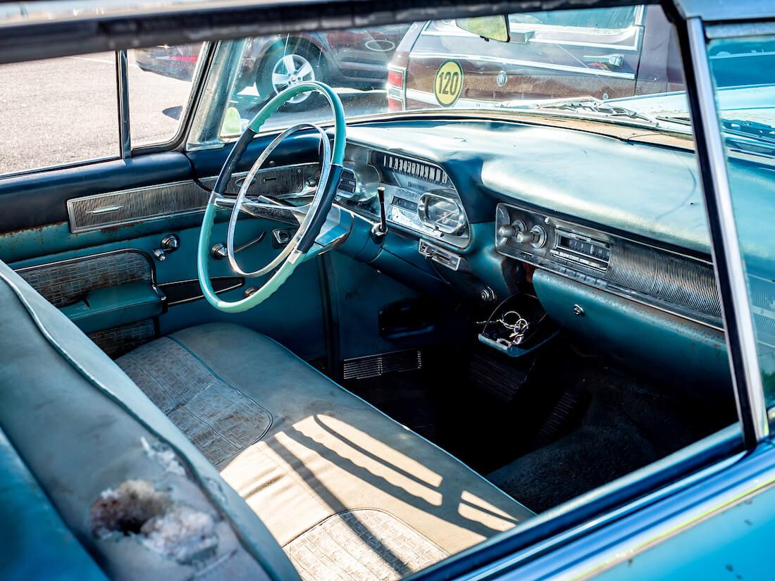 1958 Cadillac Series 62 deVille sisusta