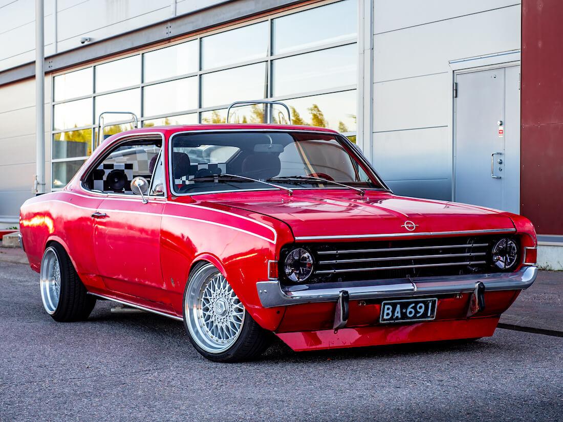 1969 Opel Rekord C Coupe 1.9L eurotuning Porvoossa