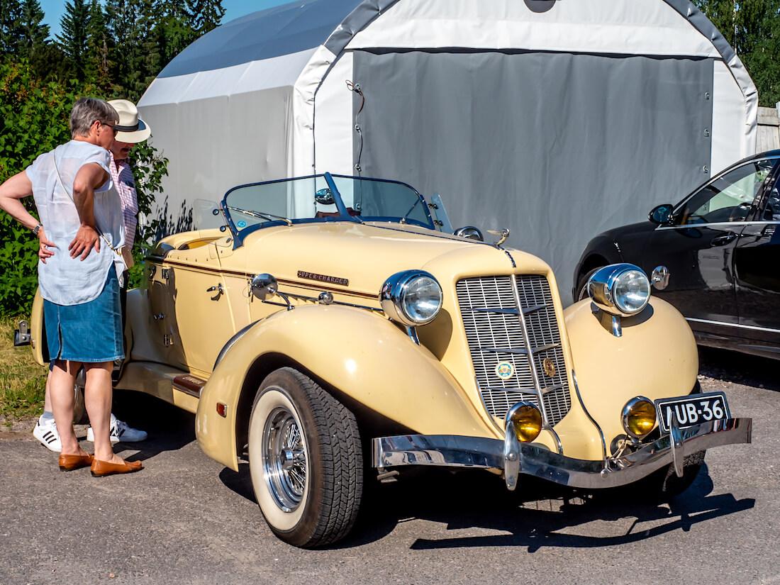 1936 Auburn replica Gustavelundissa
