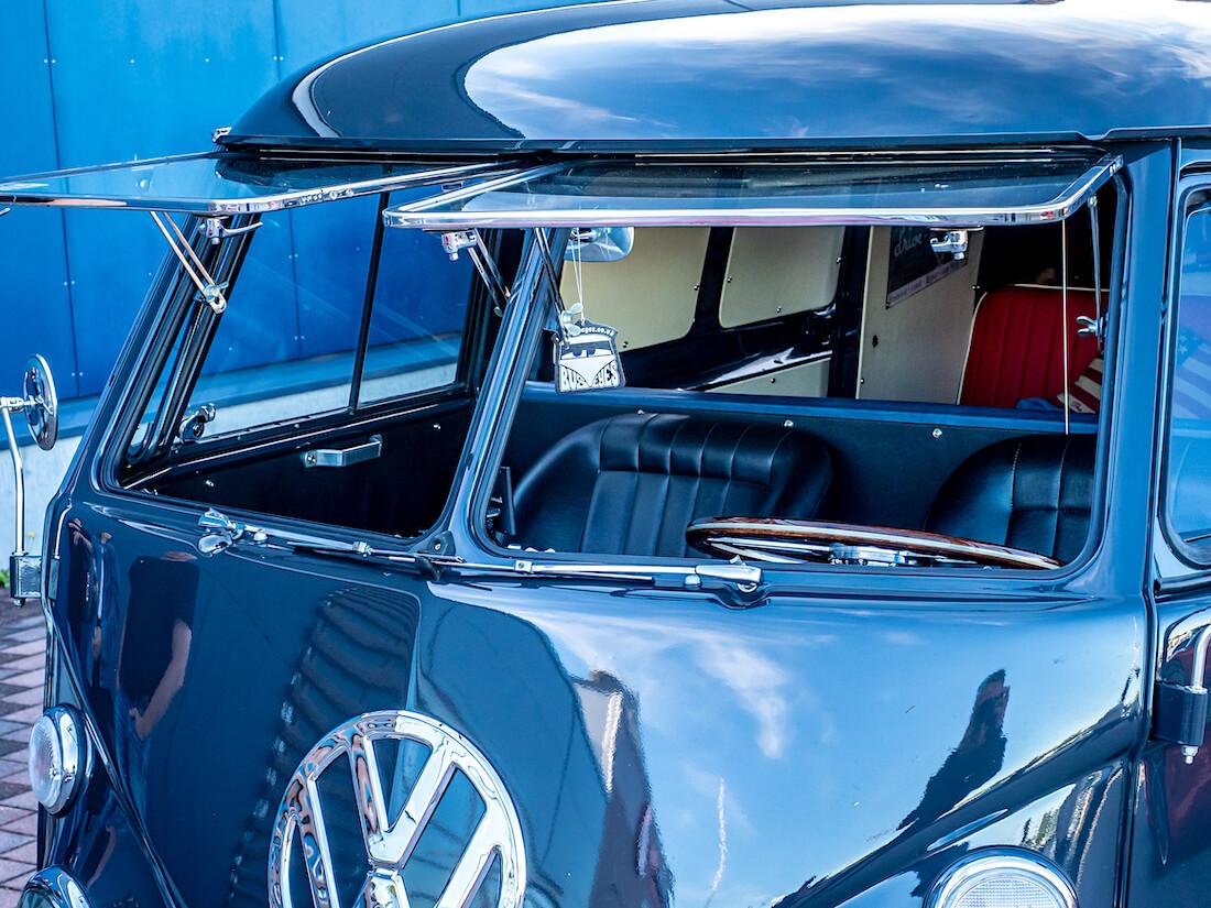 1967 Volkswagen junakeulan Safari-ikkunat