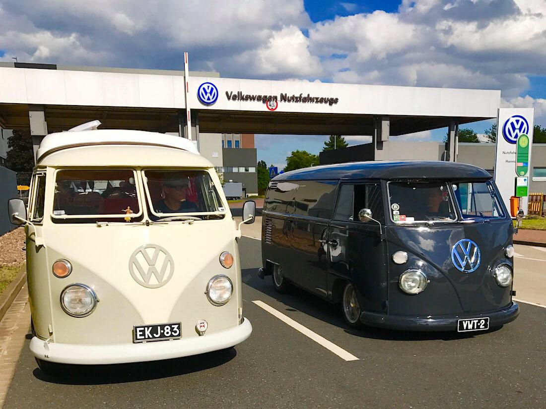 Volkswagen junakeula retkeilyautot Wolfsburgissa