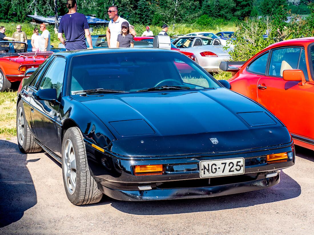 1988 Pontiac Fiero Formula Coupe 173cid V6