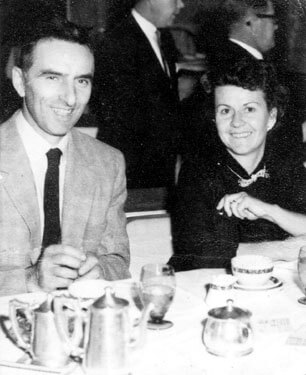 "C.J. ""Pappy"" ja Peggy Hart. Kuva: Just A Car Guy"
