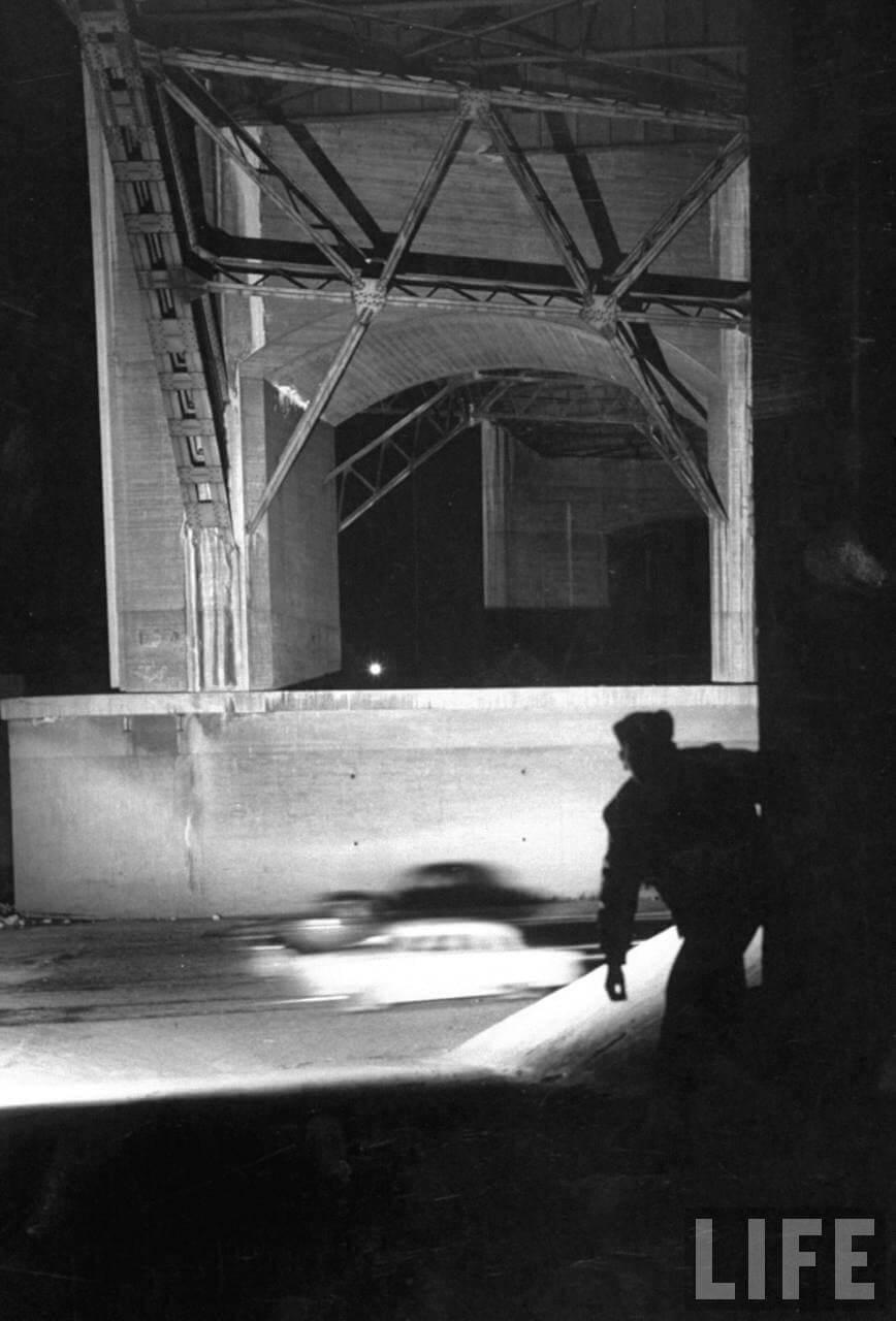 Laiton kiihdytyskilpailu kadulla vuonna 1957