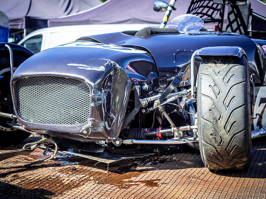 2012 Locost Yamahan vaurioitunut keula