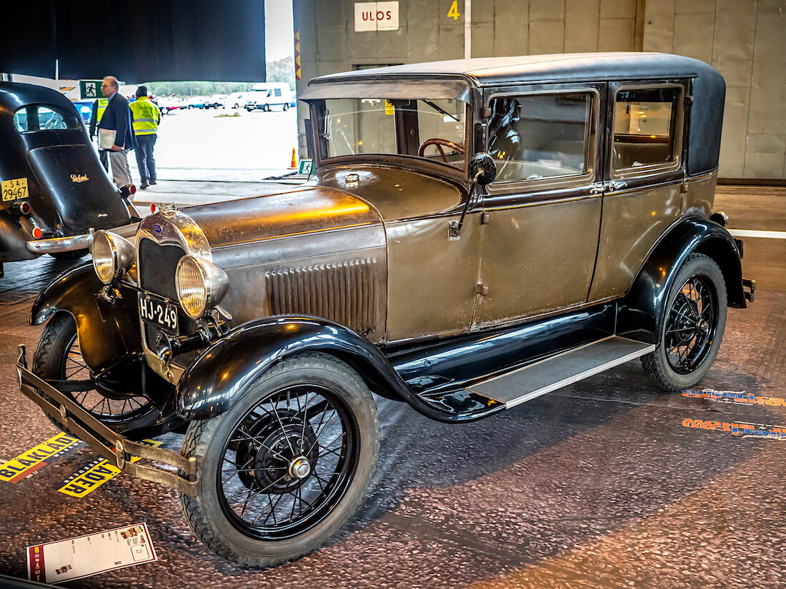 1928 Ford A Fordor 60-A