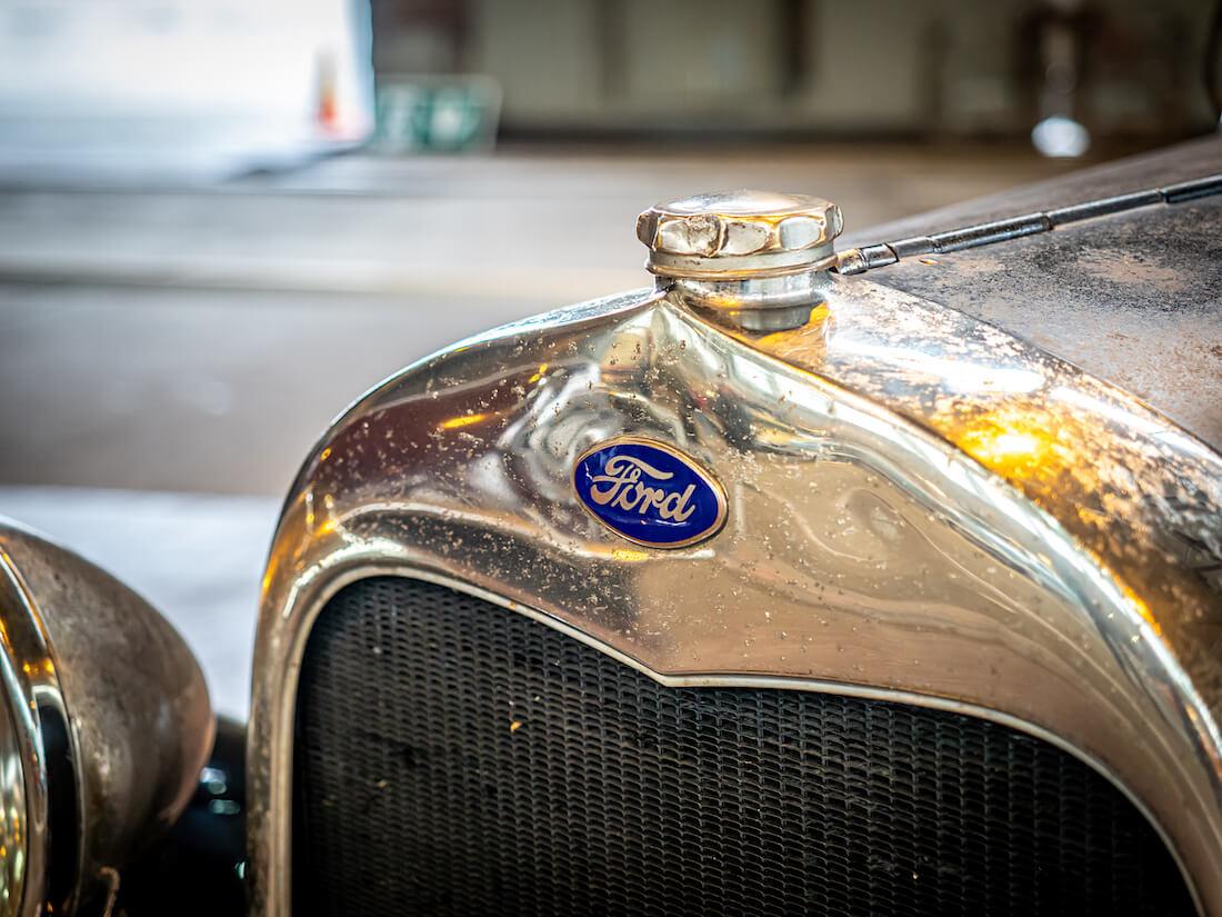 1928 Ford A Fordor keulamerkki
