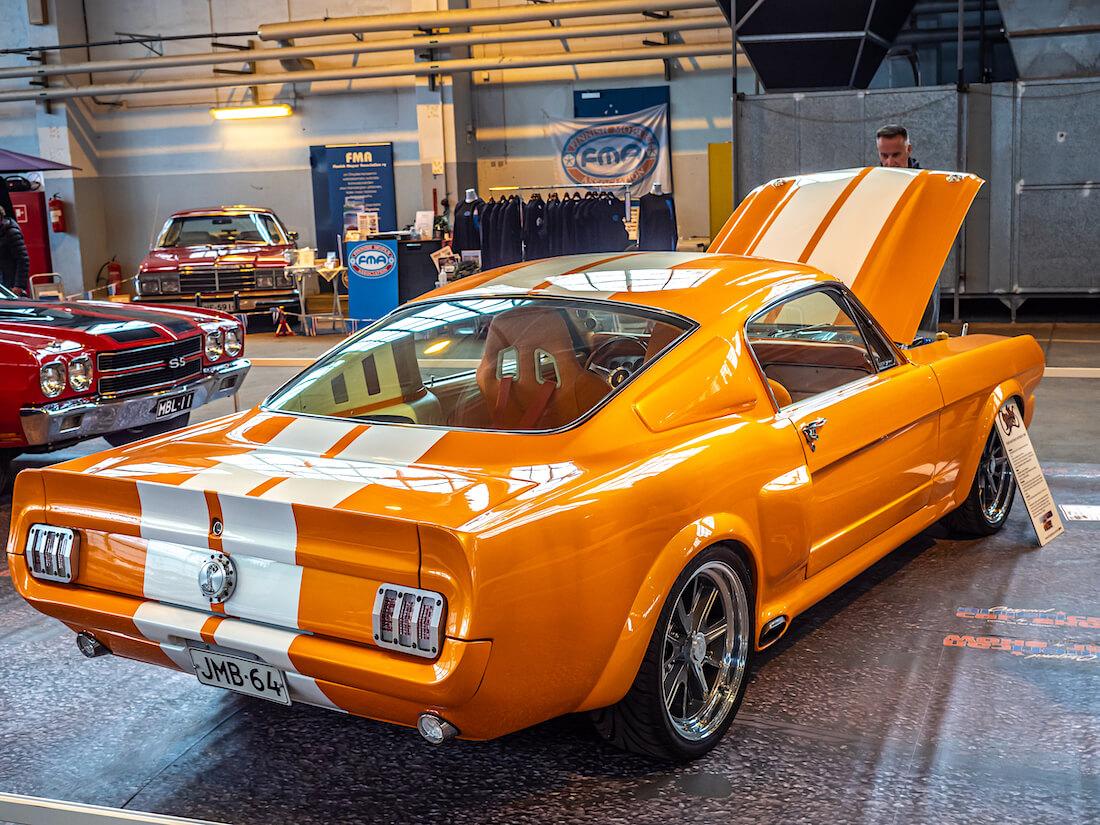 1966 Ford Mustang Fastback Custom takaa