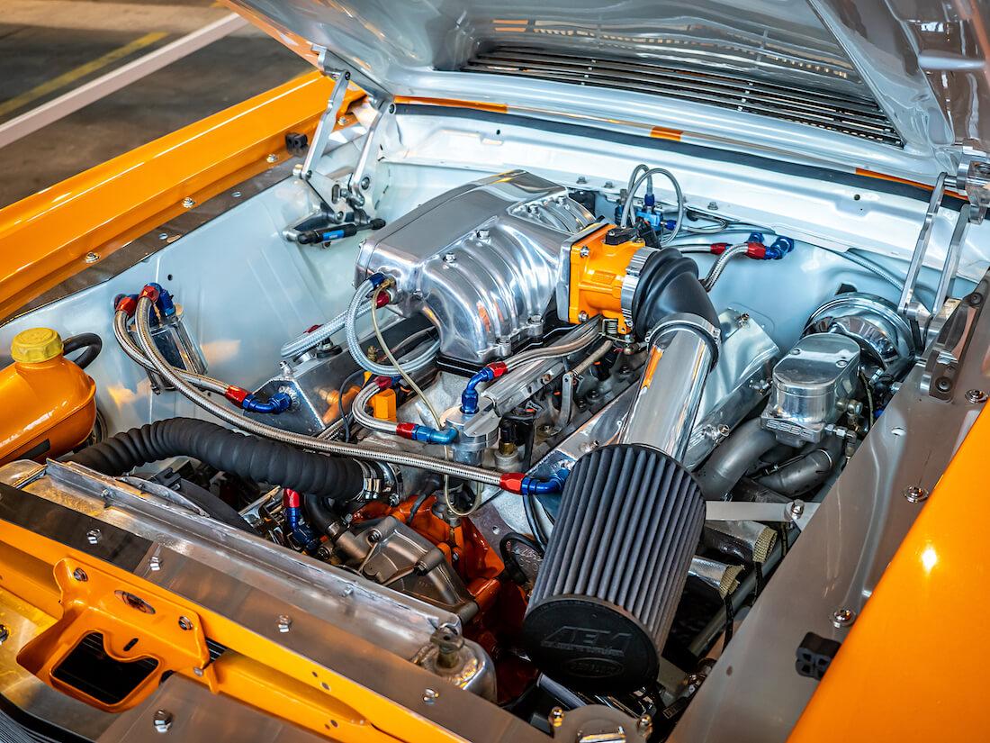 1966 Ford Mustang Fastbackin 392cid V8-moottori