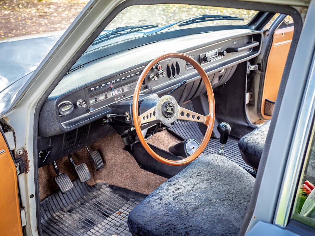 1971 Volvo 145 Express kojelauta