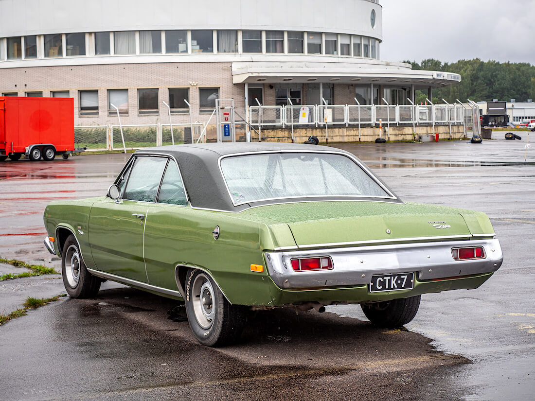1972 Plymouth Scamp V8 takaa