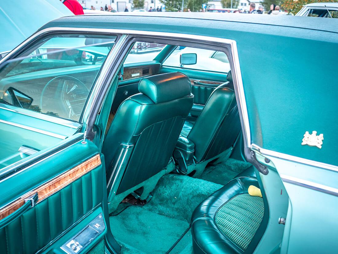 1977 Mercury Grand Marquis vihreä nahkasisusta