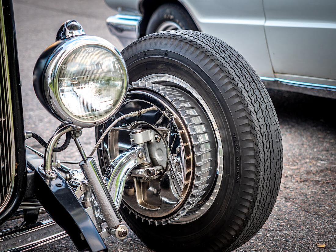 1932 Ford B Deuce rodin etujousitus