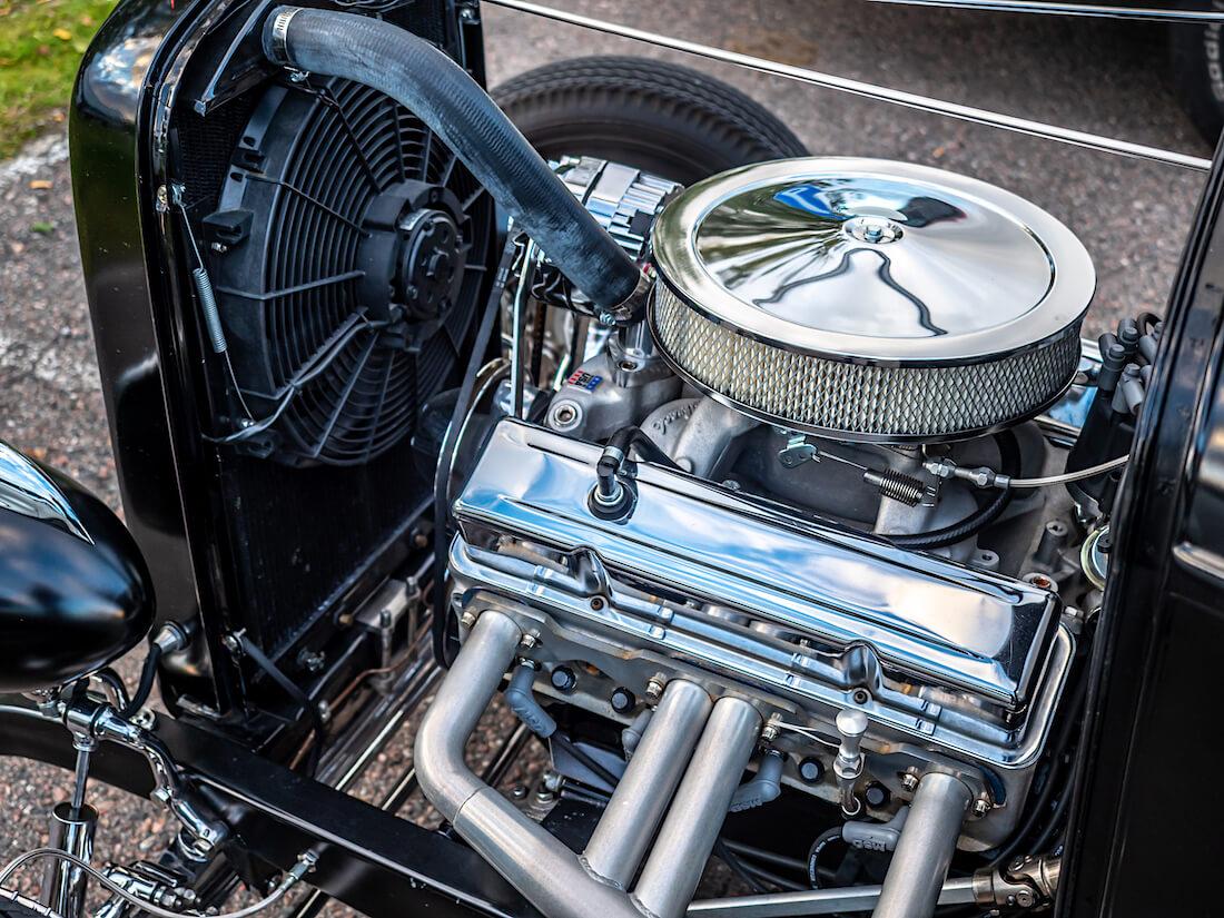 1932 Ford Deuce rodin 350cid V8-moottori