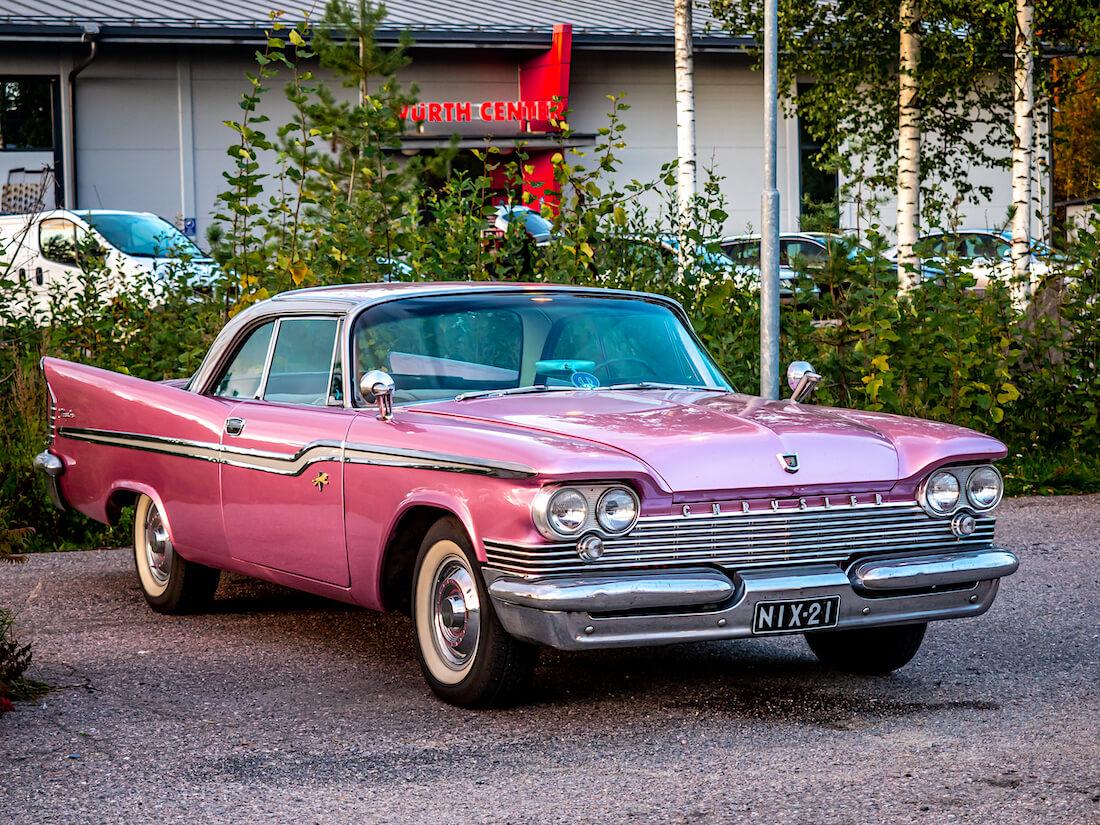 Pinkki 1959 Chrysler Windsor 383cid jenkkiauto