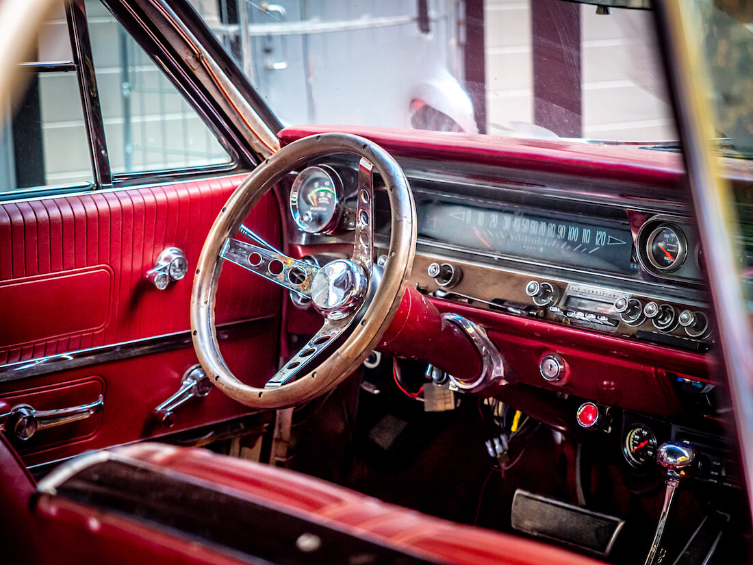 1963 Pontiac Grand Prix 389cid V8