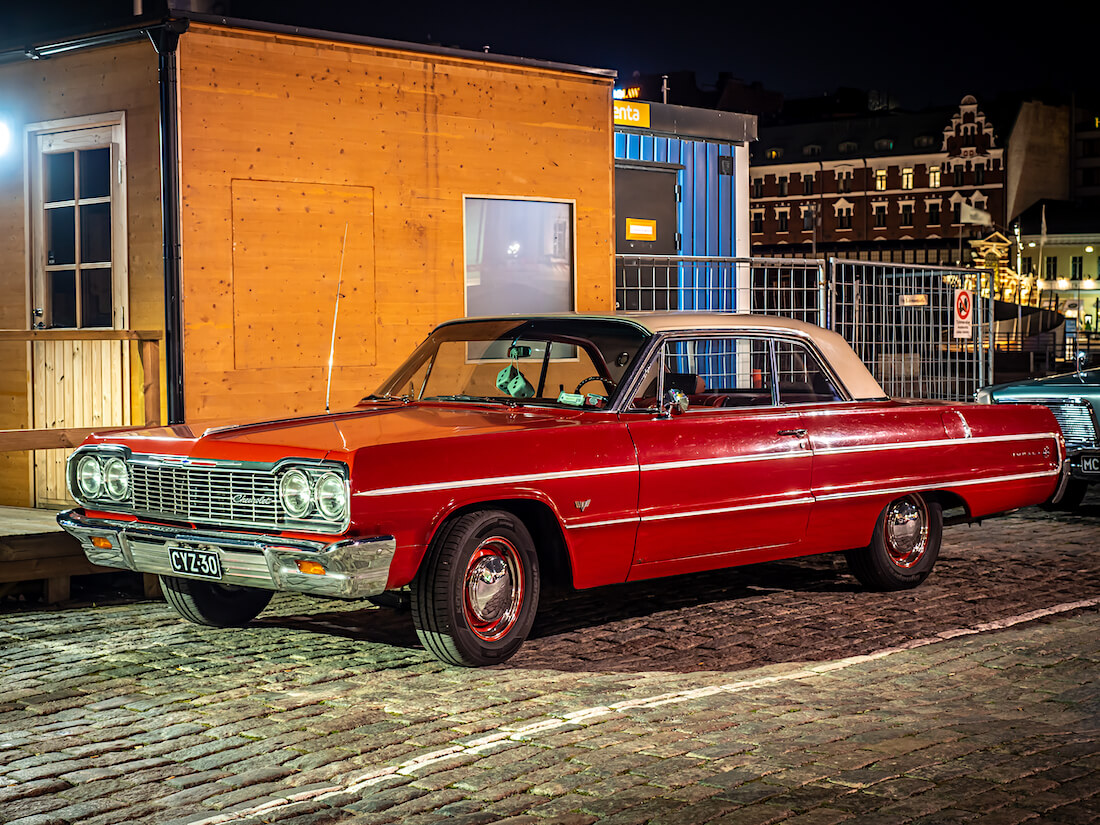 Punainen 1964 Chevrolet Impala 2d HT Kauppatorilla