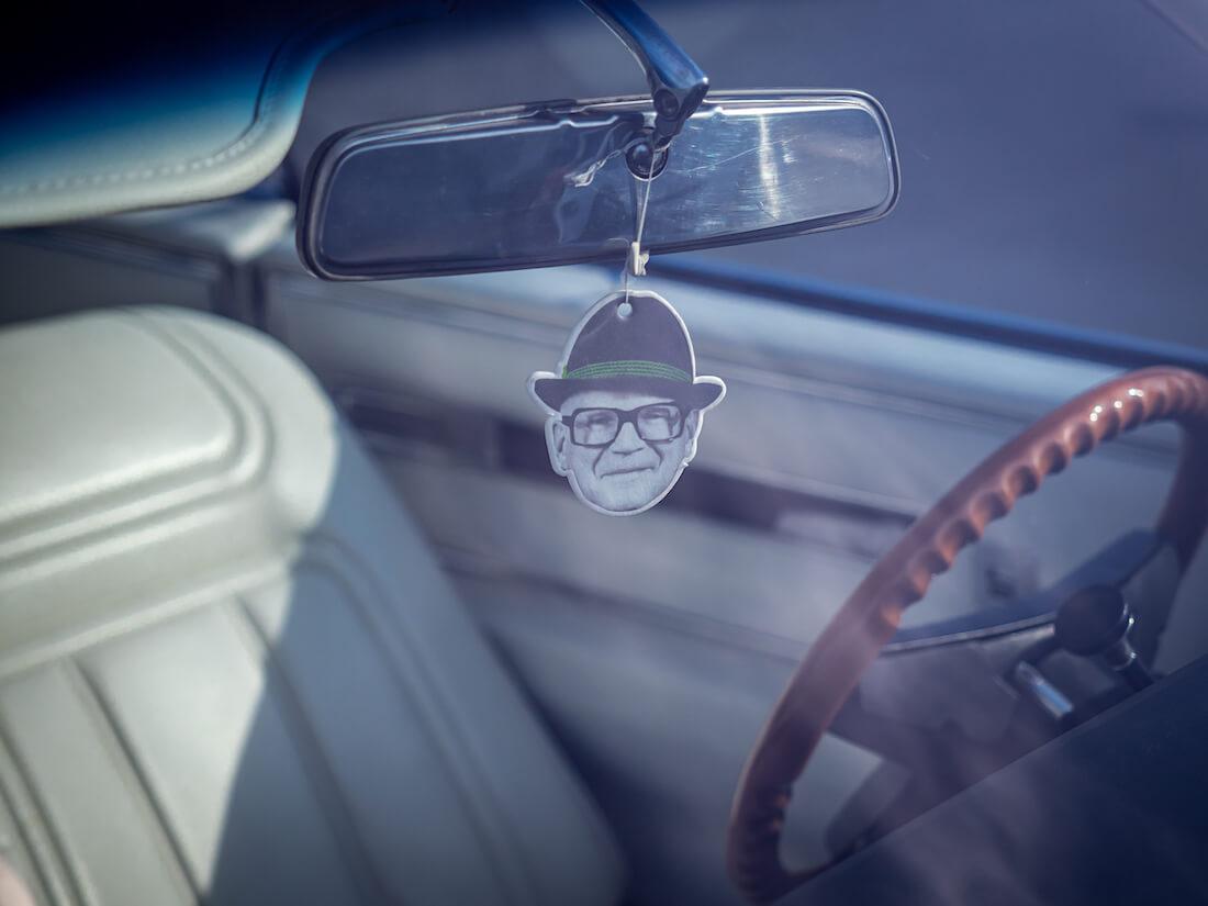 Kekkonen Cadillacin taustapeilissä
