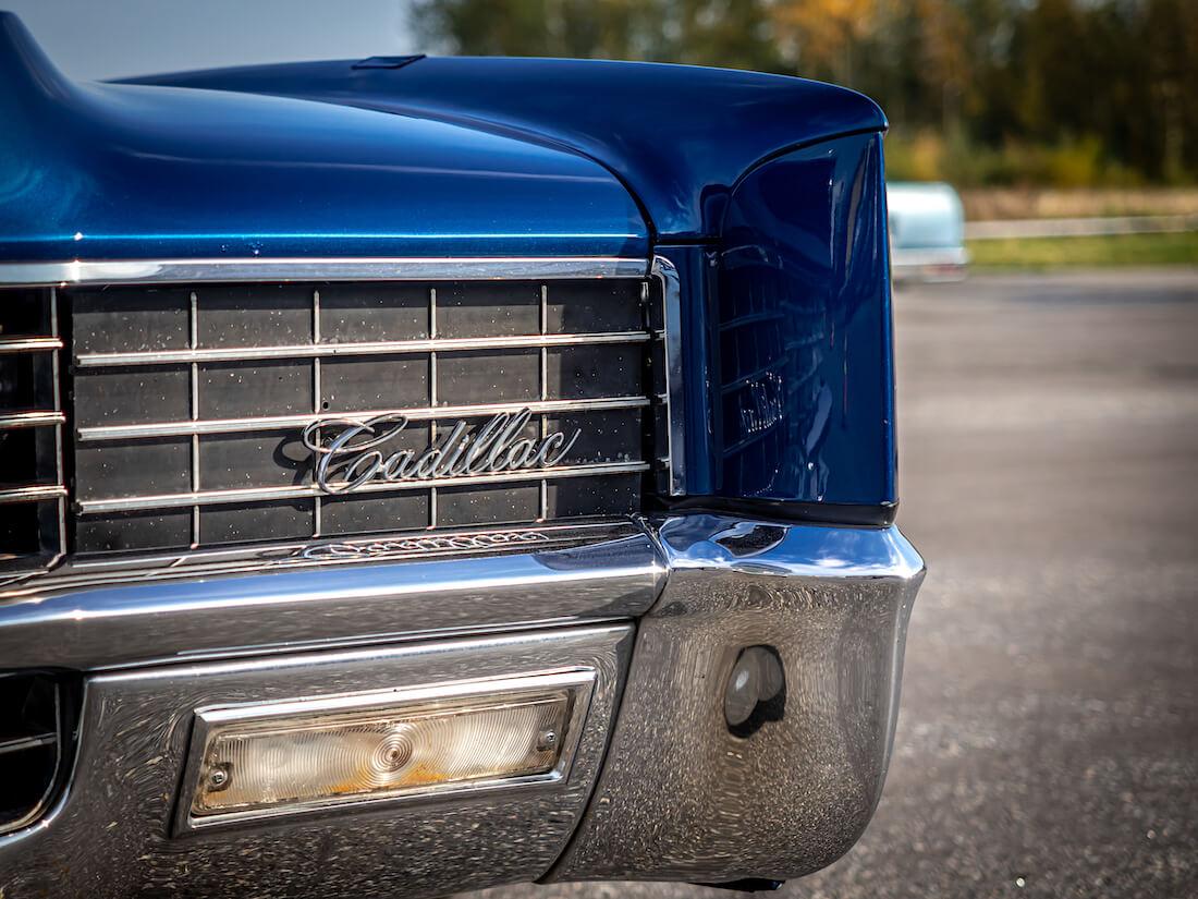 1967 Cadillac Eldorado Coupen jenkkiauton kääntyvä ajovalo