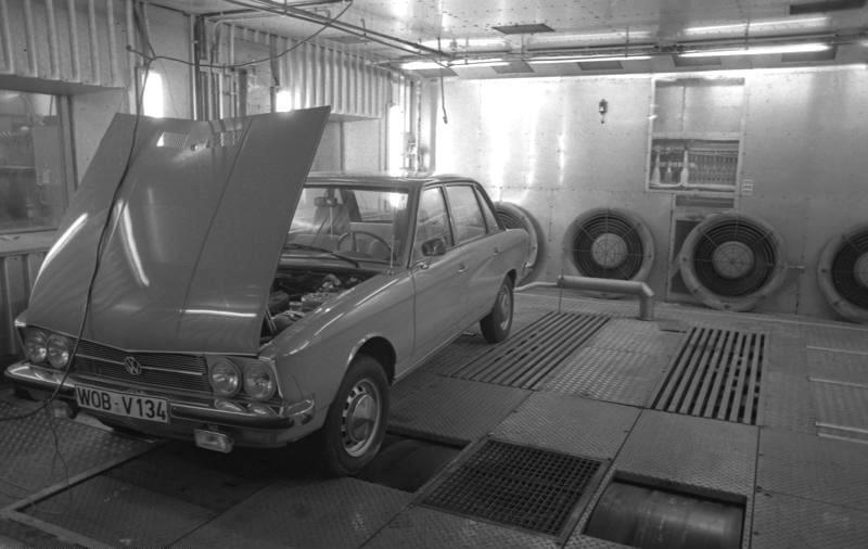 1973 Volkswagen K70 Wolfsburgissa. Kuva: Bundesarchiv Bild, CCBYSA30.