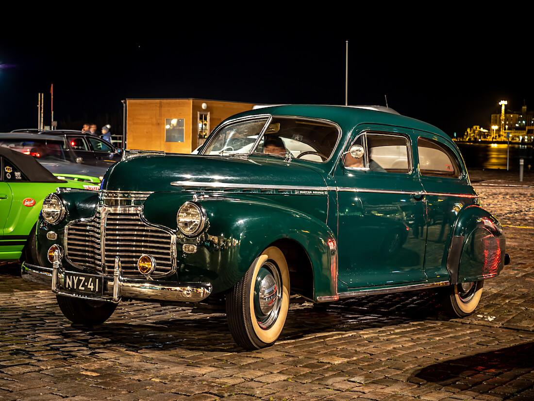 Vihreä 1941 Chevrolet Master DeLuxe jenkkiauto