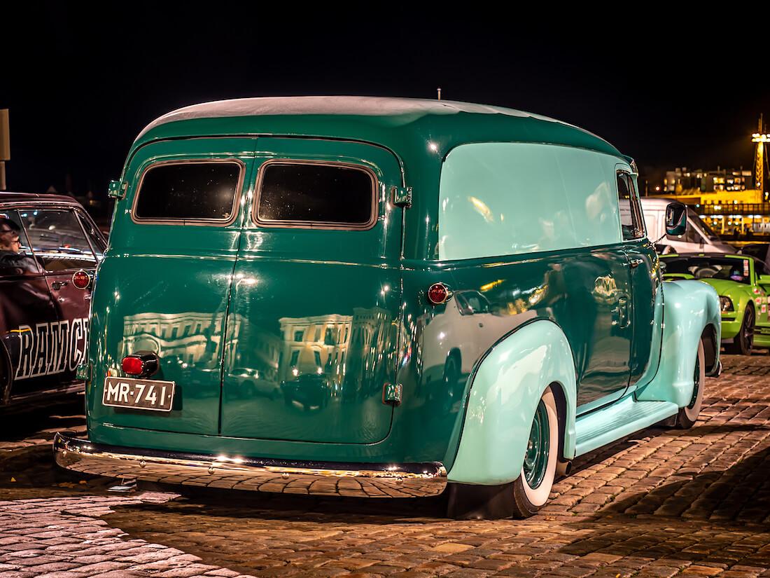 1955 Chevrolet 3100 Panel truck jenkkiauto Helsingissä