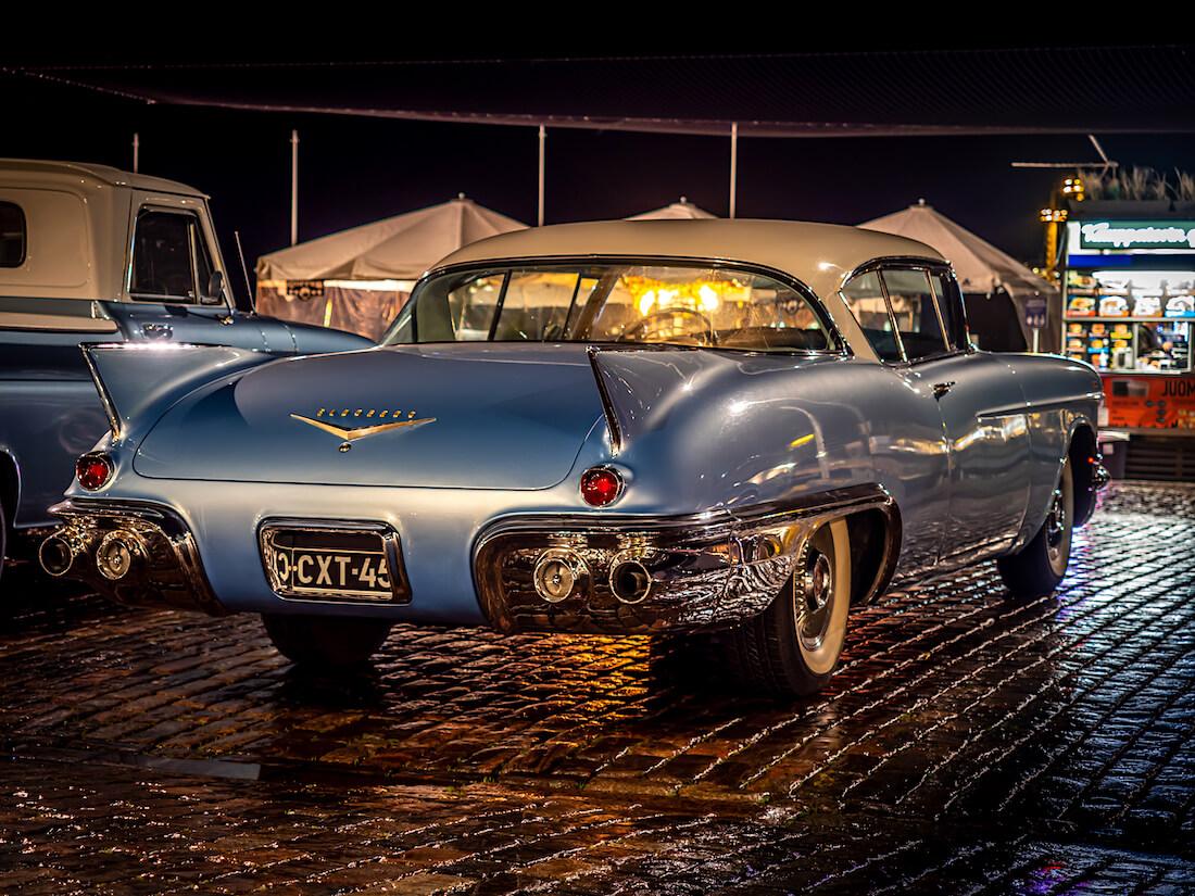 1957 Cadillac Eldorado Seville 2d HT takaa
