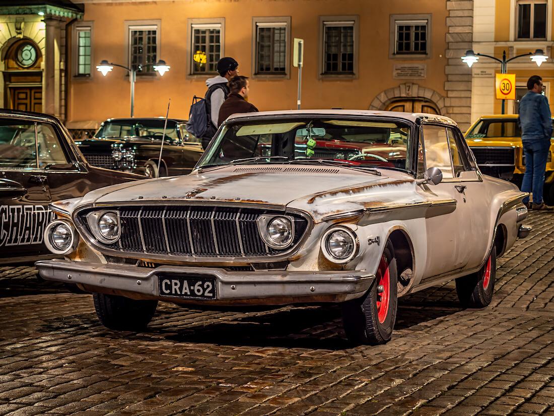 Patinoitunut 1962 Dodge Dart 440