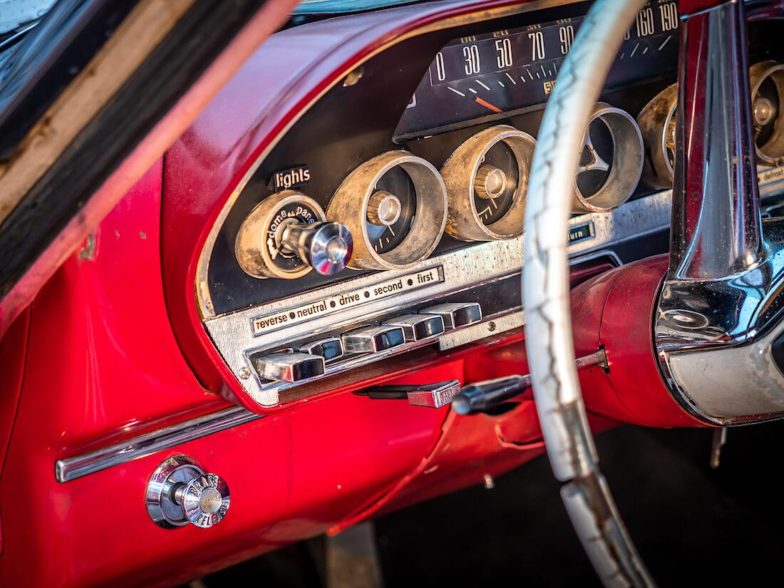 1962 Dodge Dart 440 mittaristo