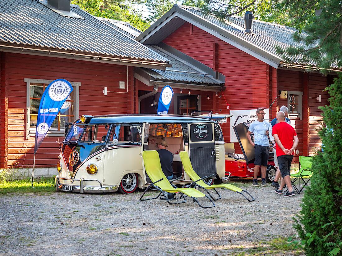 FVWA Keski-Suomen leiri ja 1960 VW junakeula