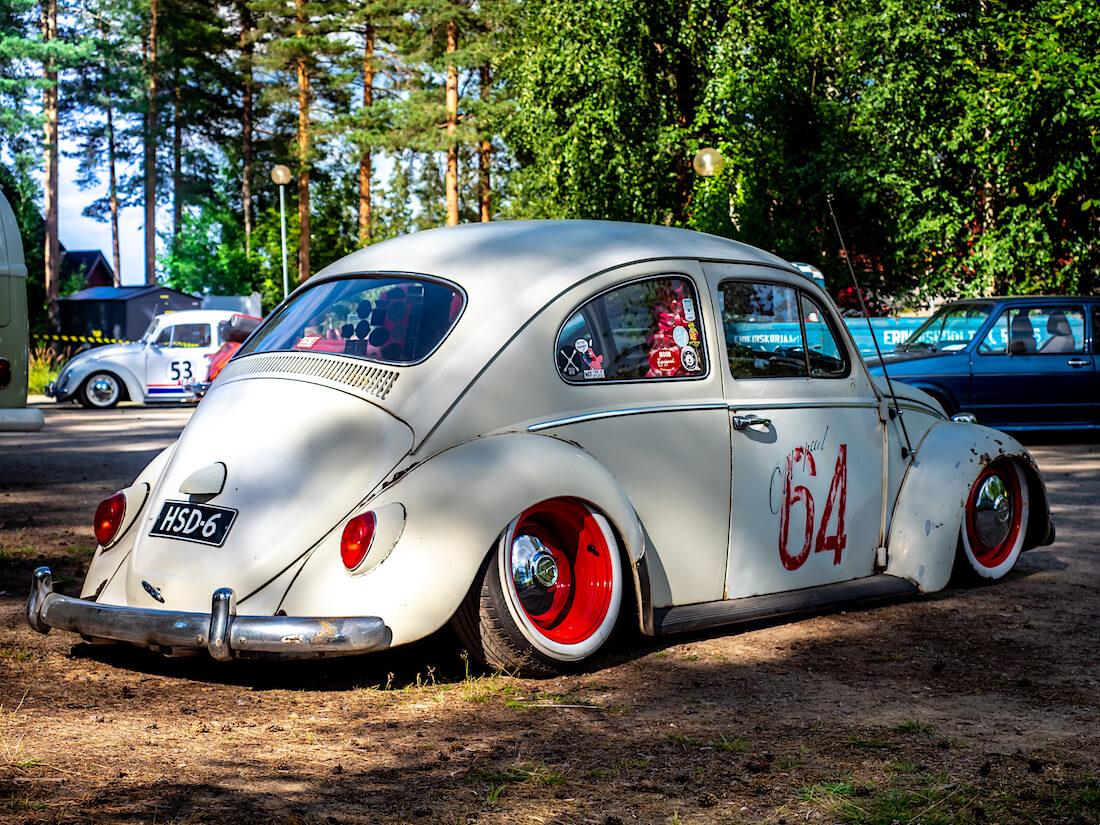 Madallettu 1964 Volkswagen kuplavolkkari