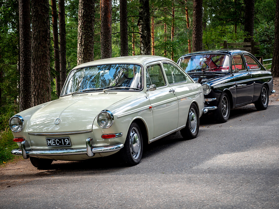 "VW 1600TL ""kirvesmiehen Barracudat"" tien varressa"