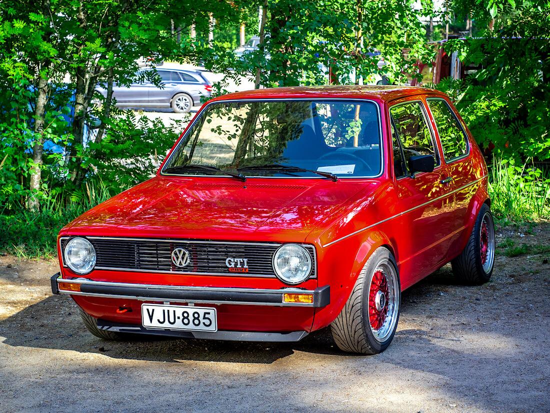 Punainen 1980 Volkswagen Golf Mk1 Turbo 20VT
