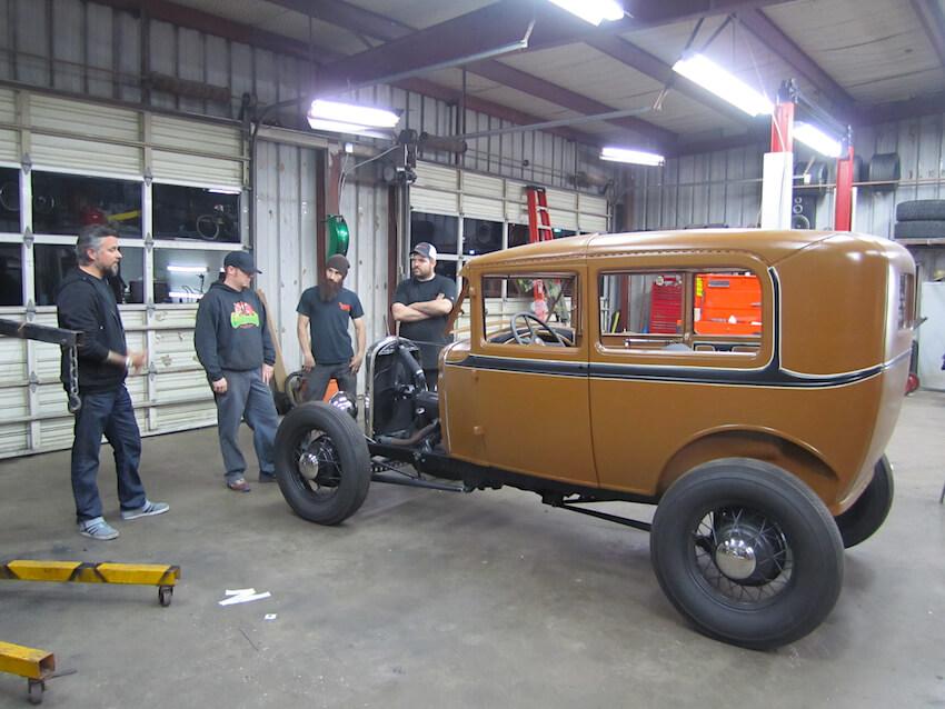 Fast N' Loudin ensimmäisessa jaksossa rakennettiin 1931 Ford A. Kuva: Discovery.