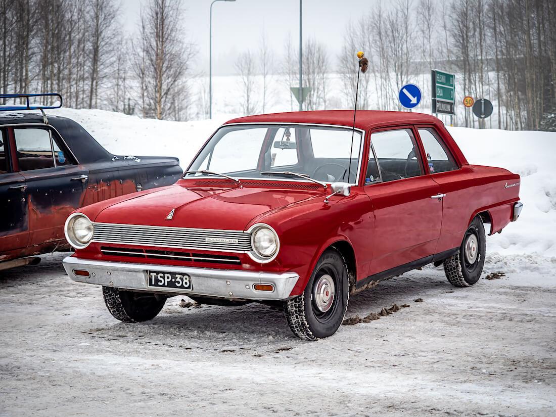 Punainen 1964 AMC Rambler American 196cid moottorilla