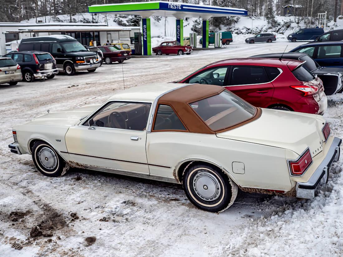 1978 Chrysler LeBaron museoajoneuvo Super Six 225cid moottorilla