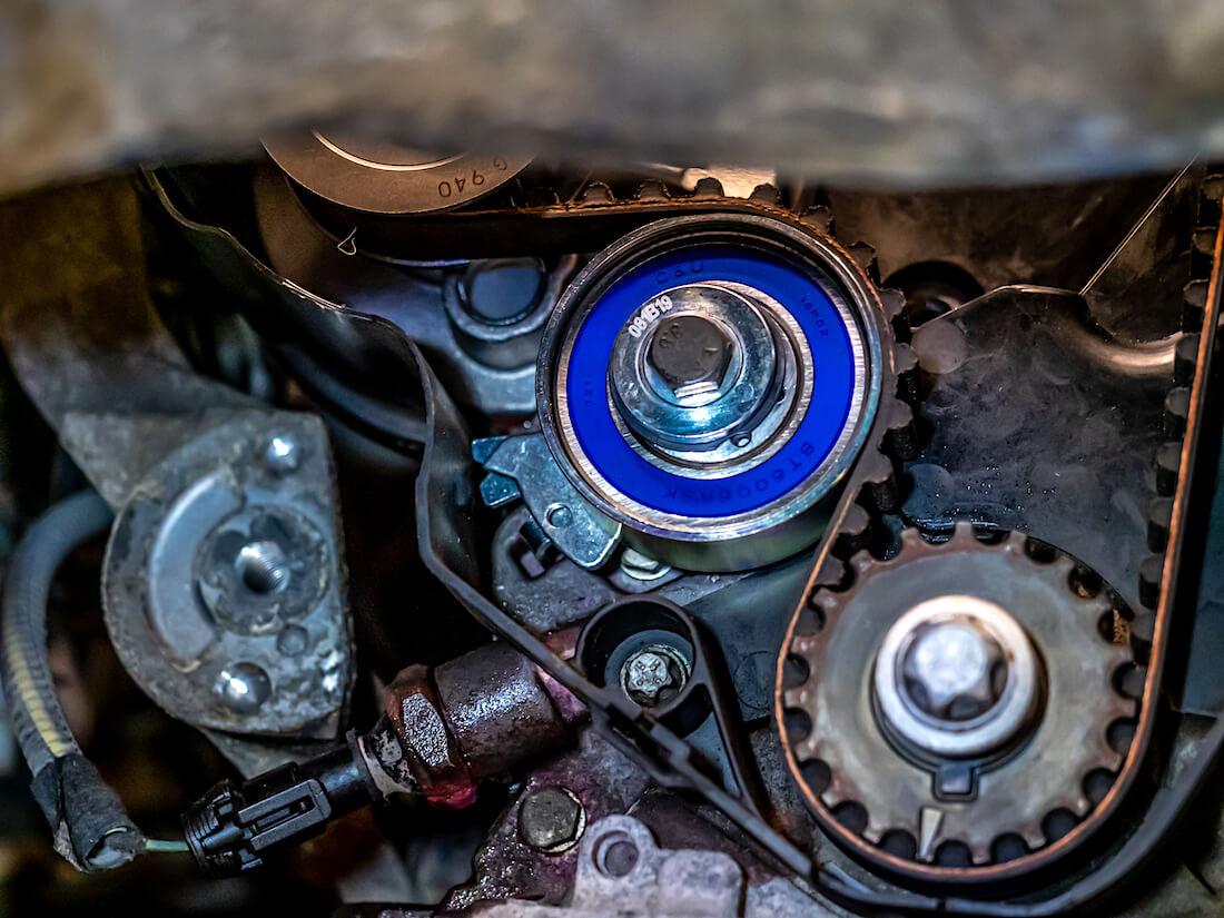Opel Astra G hammashihnan kiristimen osoitin