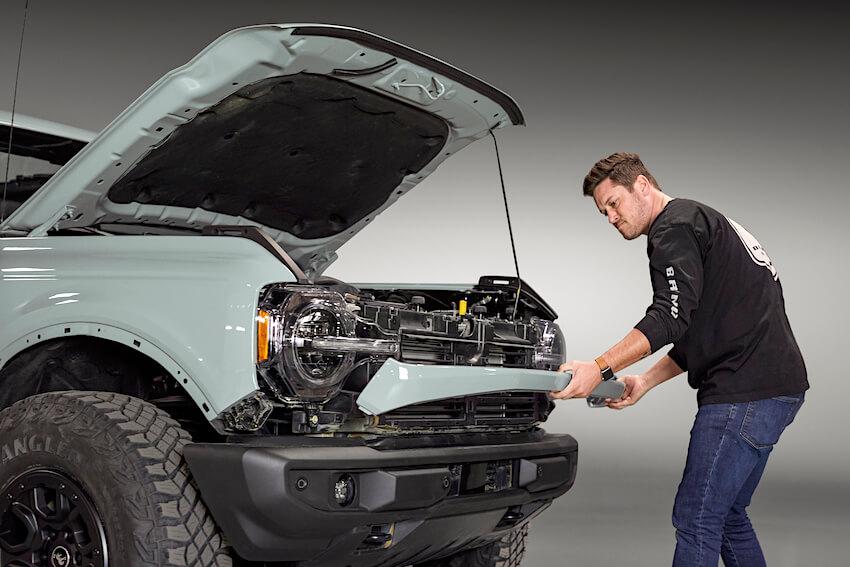 2021 Ford Broncon keulapellin irrotus
