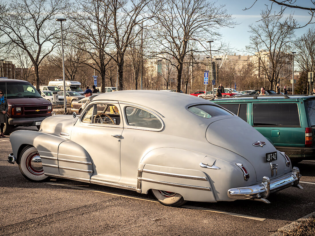 1947 Buick Special 2d Sedanette