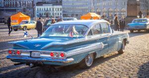 1960 Chevrolet impala saapuu Stadin Cruising Nightiin