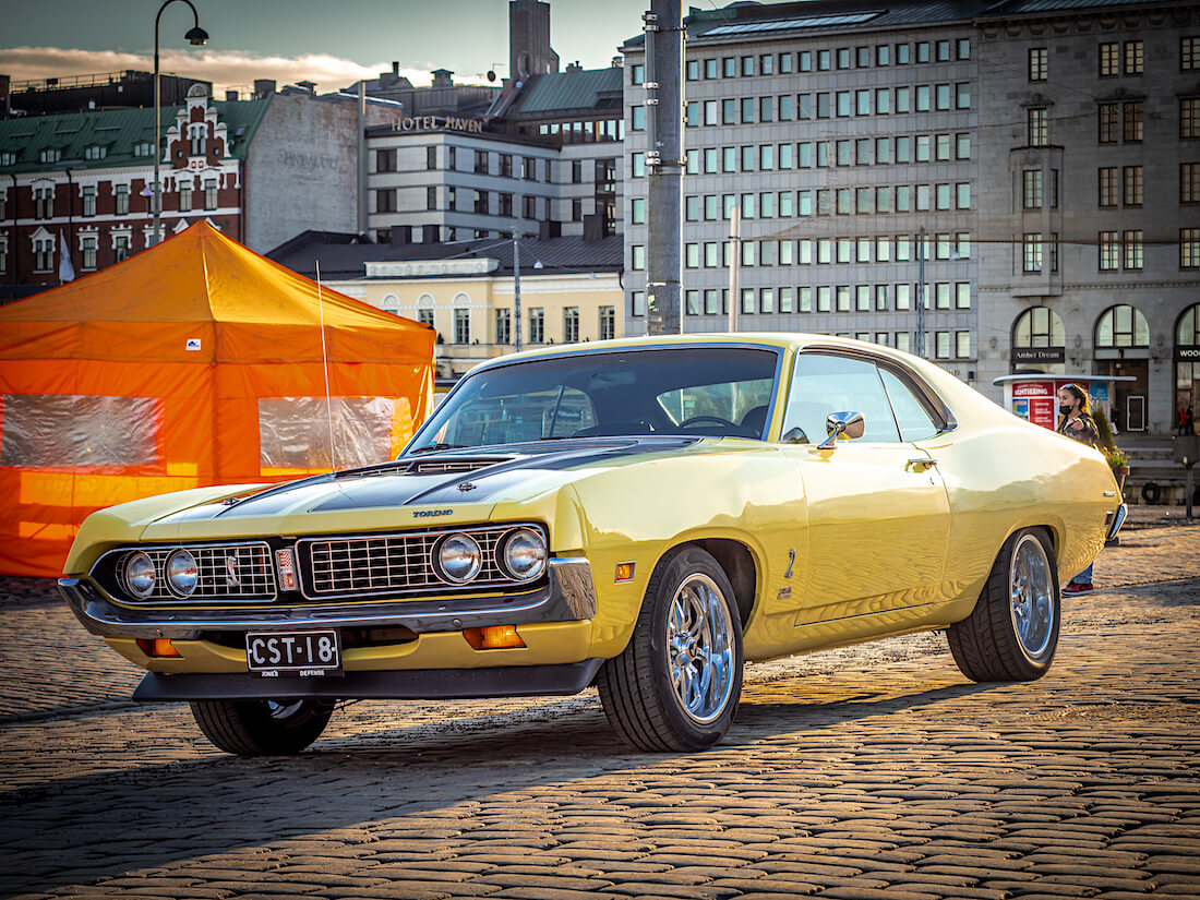 Keltainen 1971 Ford Torino 2d HT coupe