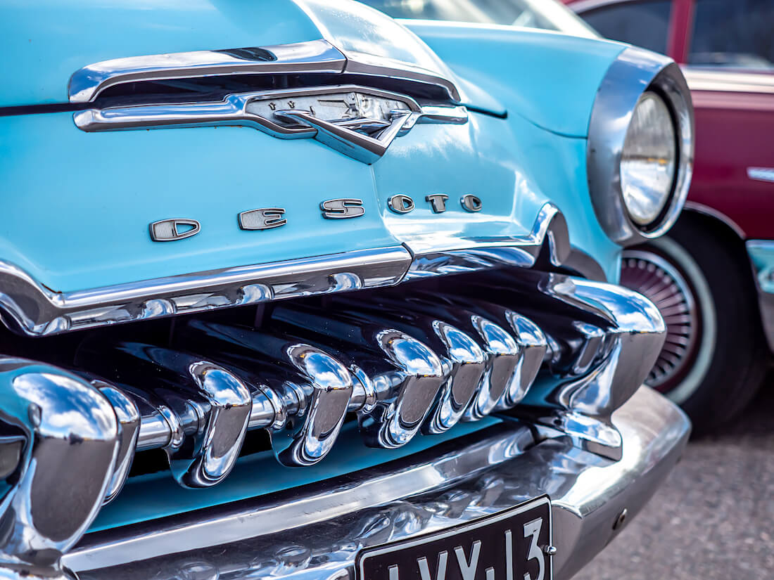 1955 DeSoto Firedome 4d Sedan suomiauton keula