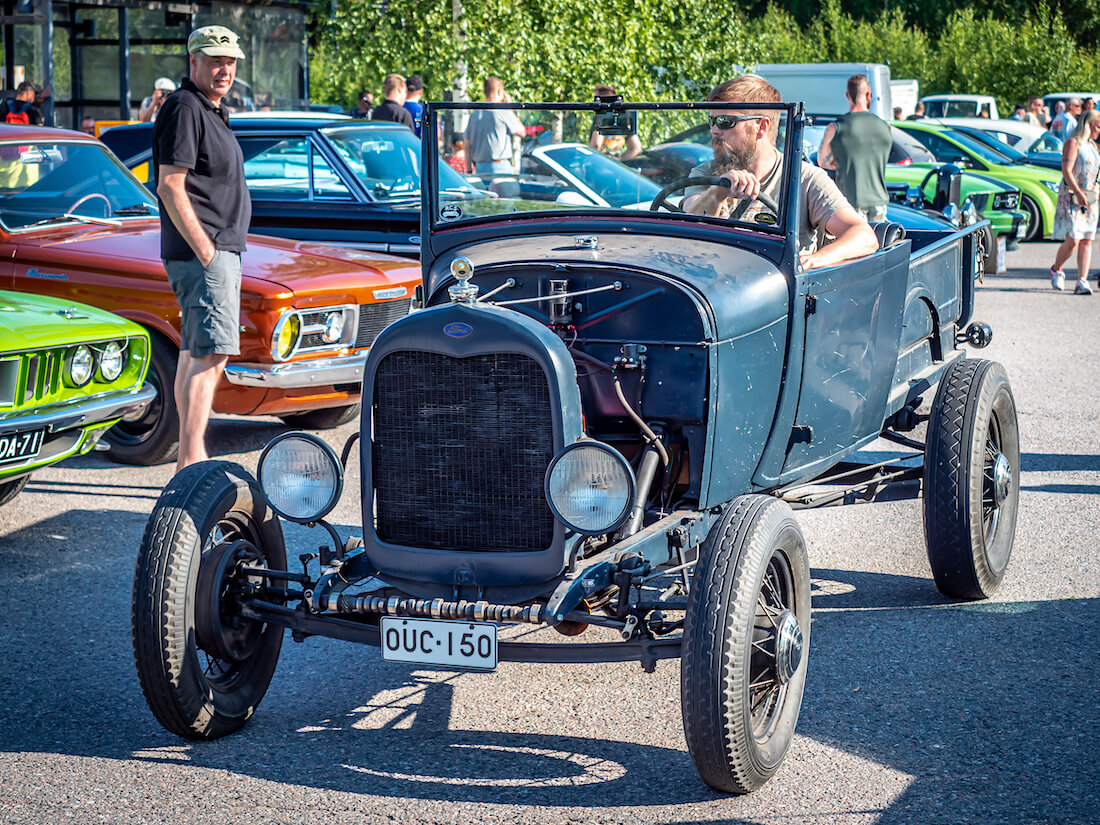 1928 Ford A Roasdter pickup