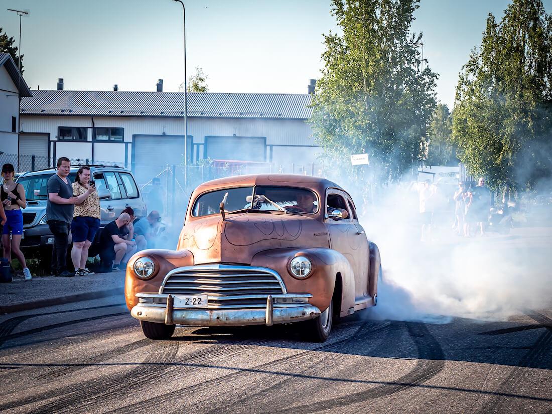 1946 Chevrolet Stylemaster Burnout