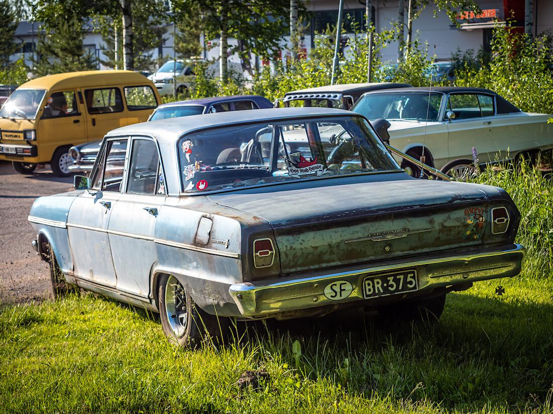 Patinoitunut 1962 Chevrolet Chevy II