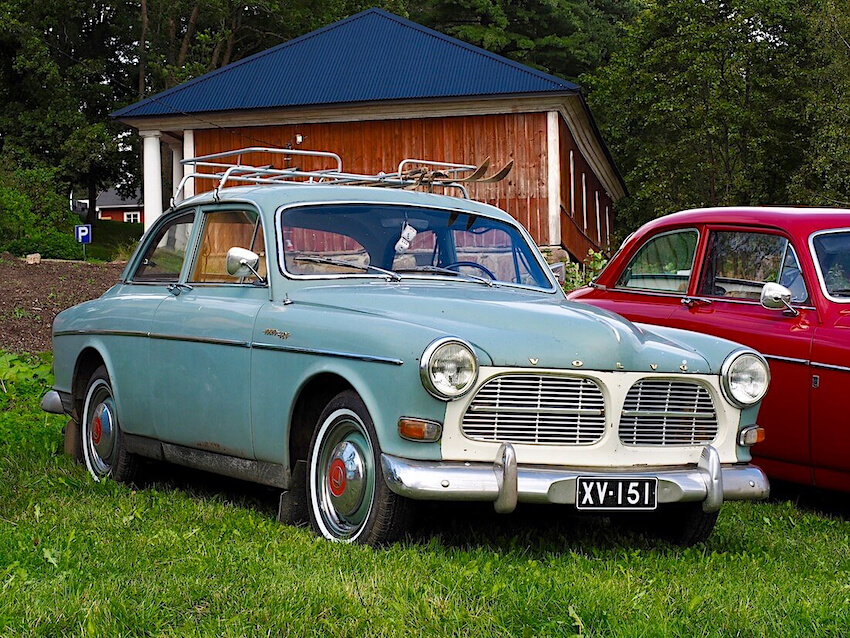 Hiihtäjä Veikko Hakulisen 1962 Volvo Amazon