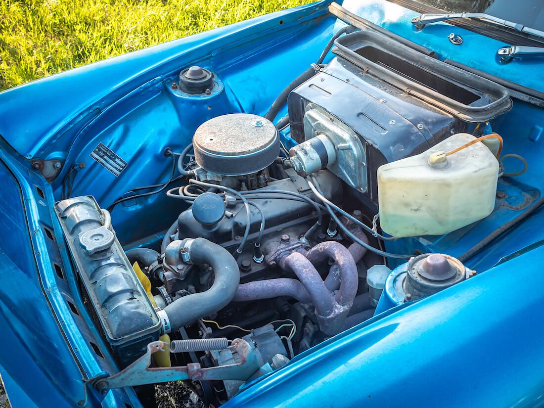 Ford Anglia 1300c moottorinvaihto