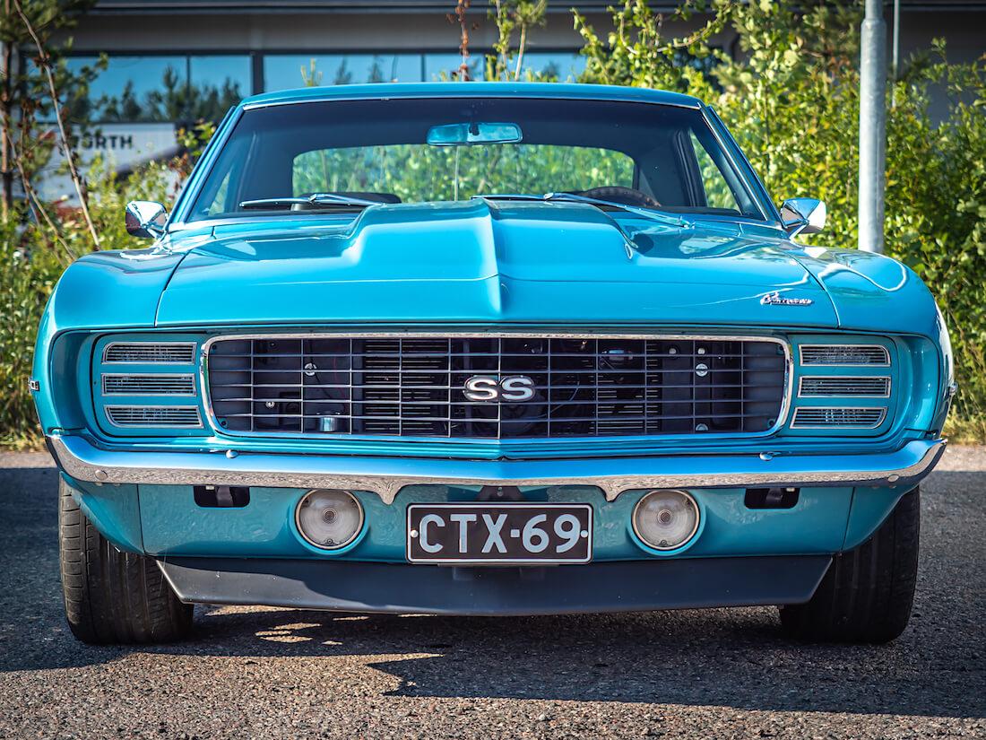 1969 Chevrolet Camaro SS edestä