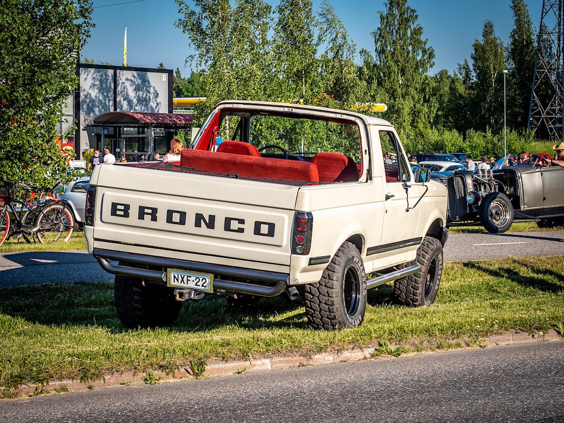 1991 Ford Bronco 4x4 V8